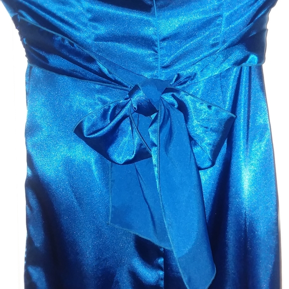 Snap Dresses & Skirts - Prom Formal Bridesmaid Dress